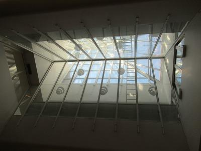 KELA天井のランプ