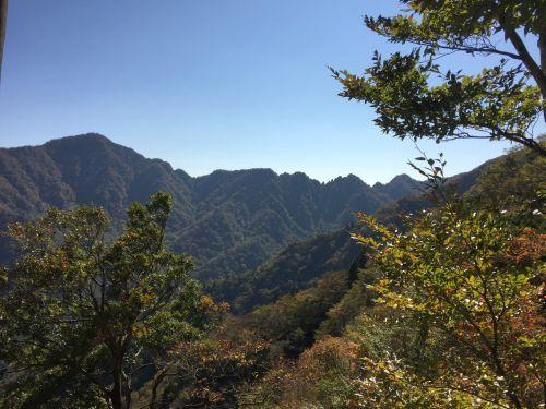位牌岳と鋸岳