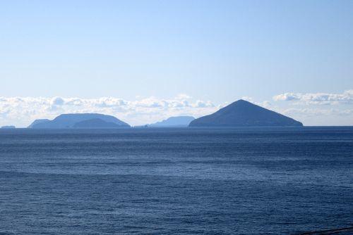 利島と新島、神津島