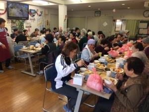 食事サービ (2)