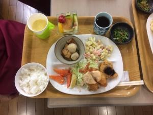 食事サービ (3)