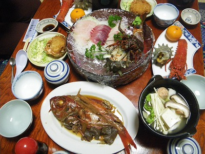 龍弘丸の夕食