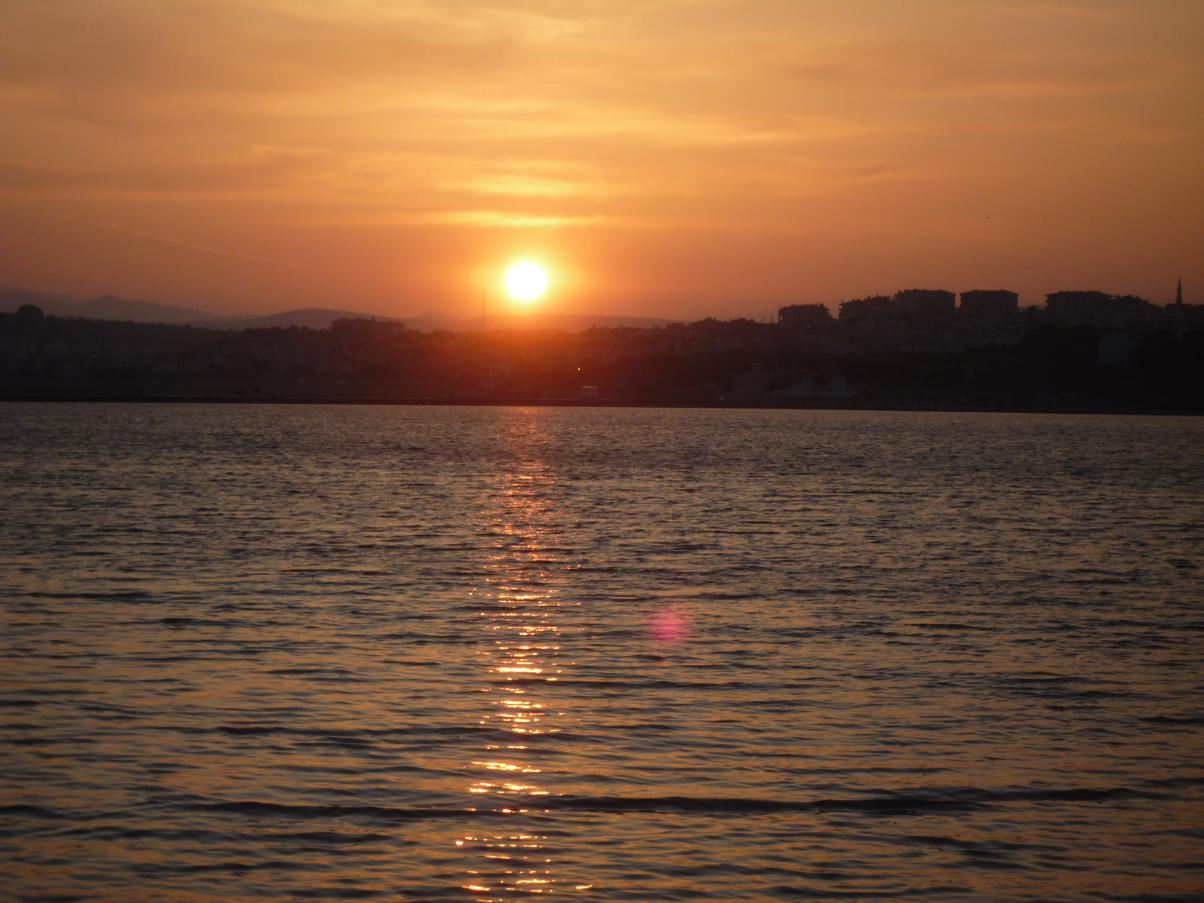 ⑩登る太陽トルコ・エーゲ海