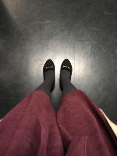 綾香の足もと
