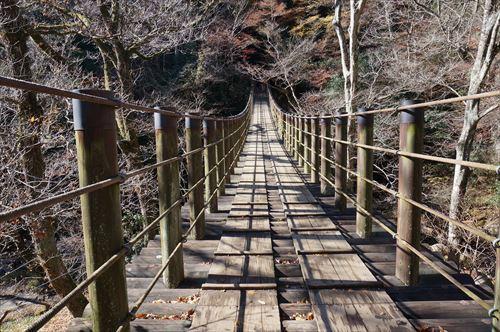 4汐見滝吊橋