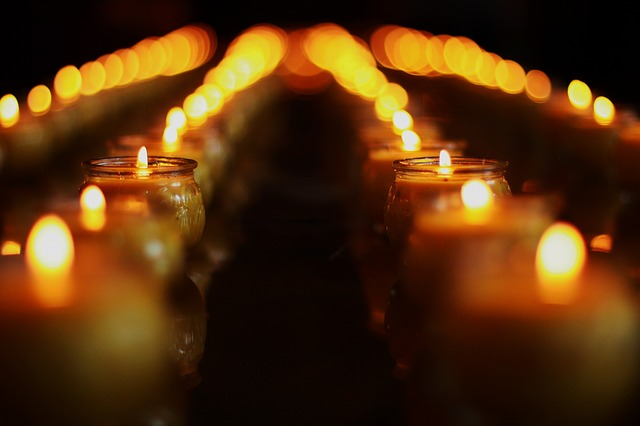 candle-1877153_640.jpg
