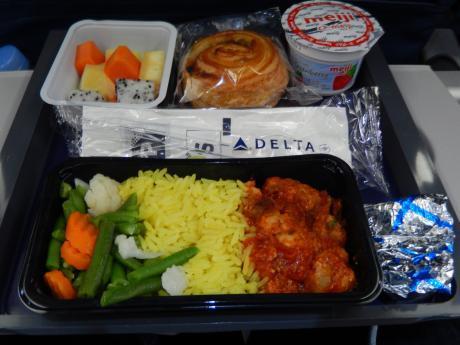 シンガポール2017.5デルタ航空成田行き・機内食
