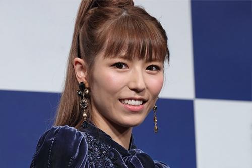 芸能人の若槻千夏さん、声優を目指している告白!「極めれば息が長い! 歌える声優になれたら(仕事の)幅が広がる 隔週でトレーニングしてます」 しかしネットでは賛否両論