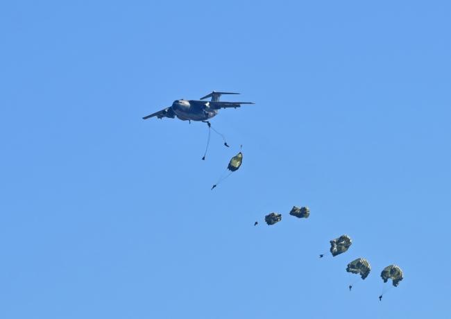 12644-c-1パラシュート部隊ー6