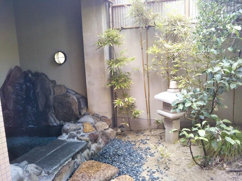 赤穂パークホテル 中庭 露天風呂
