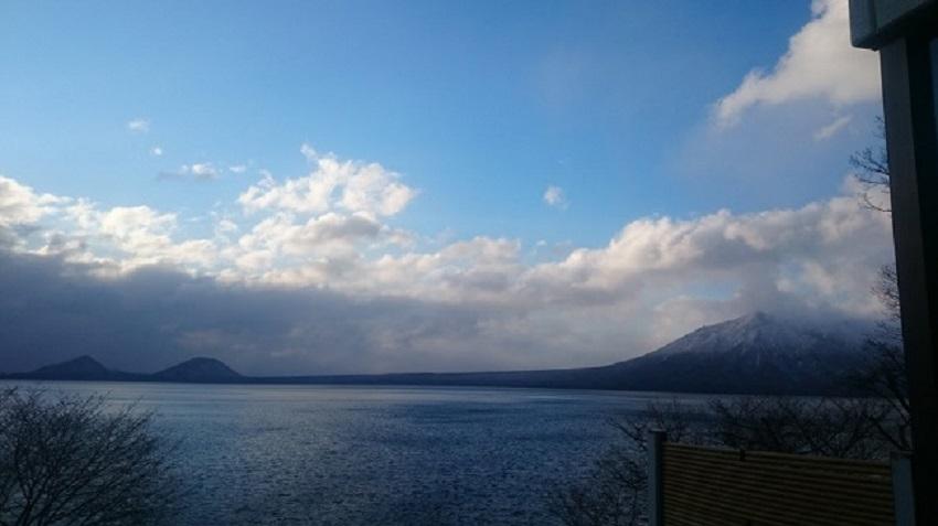 支笏湖 晴れ