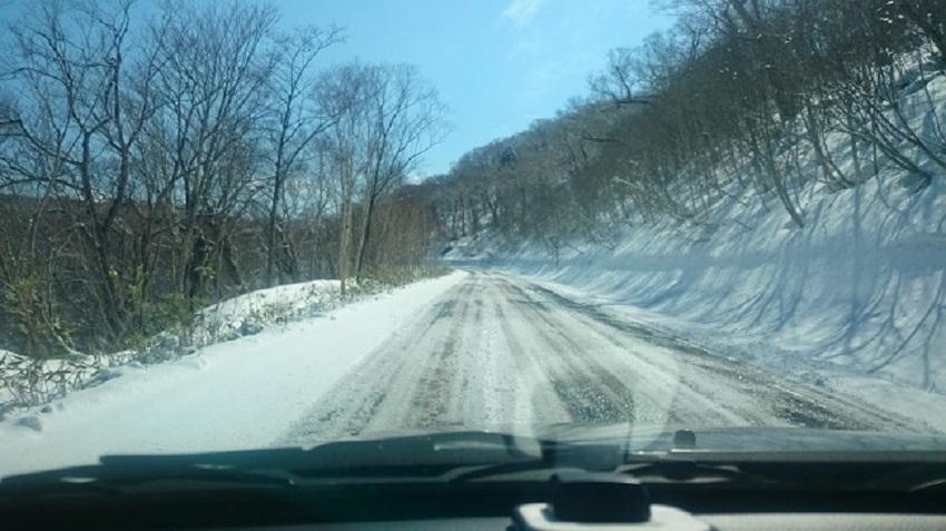 オロフレ峠 雪道