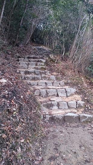 ふいご峠からの山道
