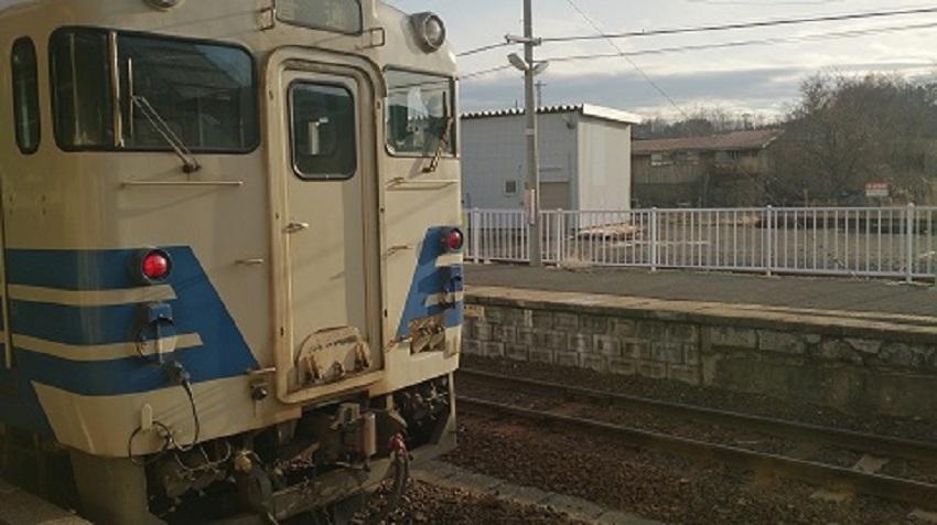 鰺ヶ沢駅 普通列車