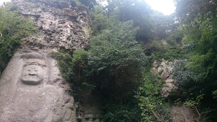 熊野摩崖仏 2体の摩崖仏