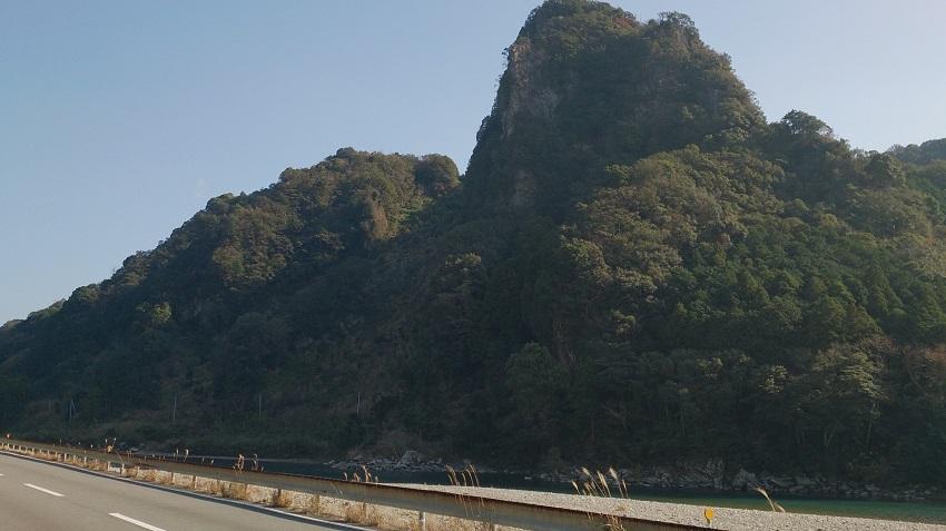 一枚岩 全景