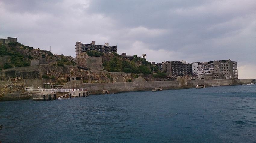 軍艦島 接近3