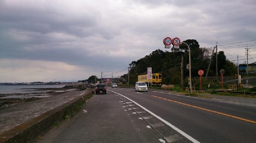 国道と島原鉄道