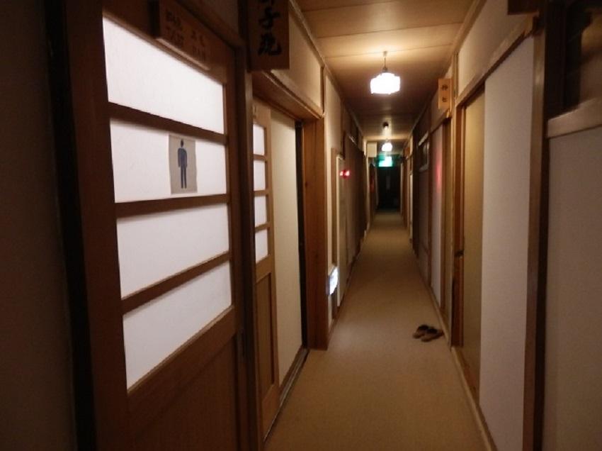 菊水館 共同トイレ