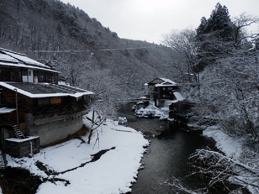 大沢温泉 全景