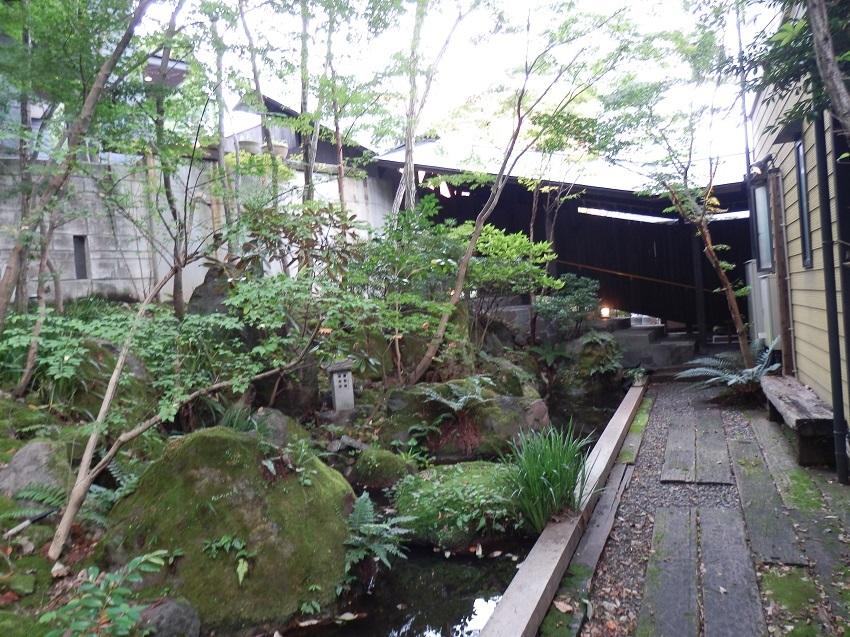 旅亭松葉屋 中庭2