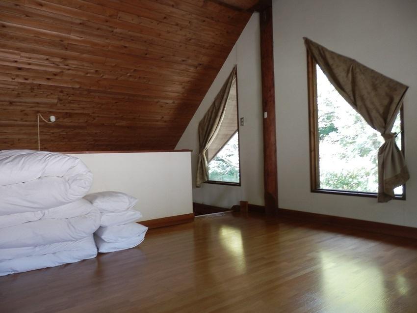 あかねの郷 コテージ ロフト寝室2