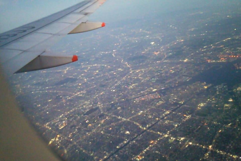 飛行機夜景