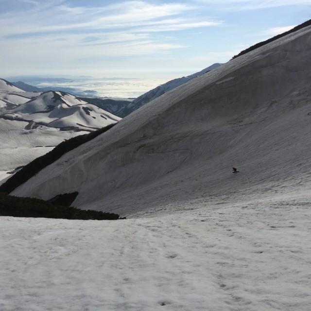 6月17日 地形が面白いけど雪が硬い