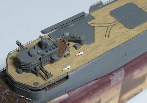 甲板上の軌条など