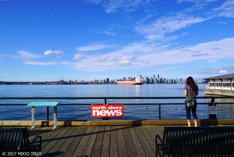 絶景探しの旅 - 0379 ロンズデール・キーからバンクーバーダウンタウンを望む (カナダ ノースバンクーバー)