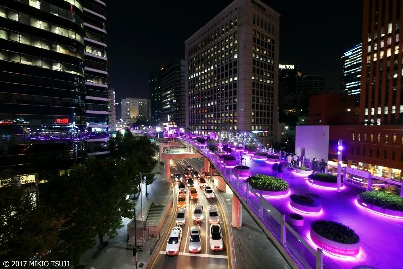 絶景探しの旅 - 0393 パープルに輝く空中歩道  (ソウル市 中区)