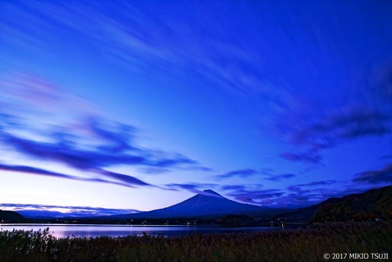 絶景探しの旅 - 0400 紺碧の空に雲流る (大石公園/山梨県富 士河口湖町)