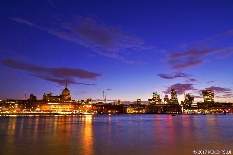 絶景探しの旅 - 0437 夜明けのテムズ川 (英国 ロンドン)