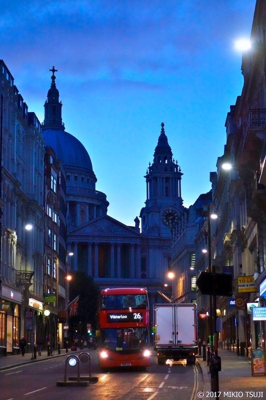 絶景探しの旅 - 0438 蒼い朝のセント・ポール大聖堂 (英国 ロンドン)
