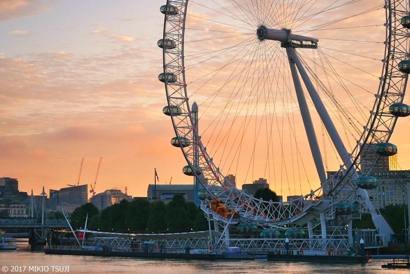 絶景探しの旅 - 0441 朝焼けのロンドン・アイ (英国 ロンドン)